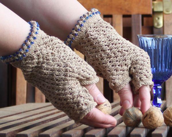 fertige Handschuhe