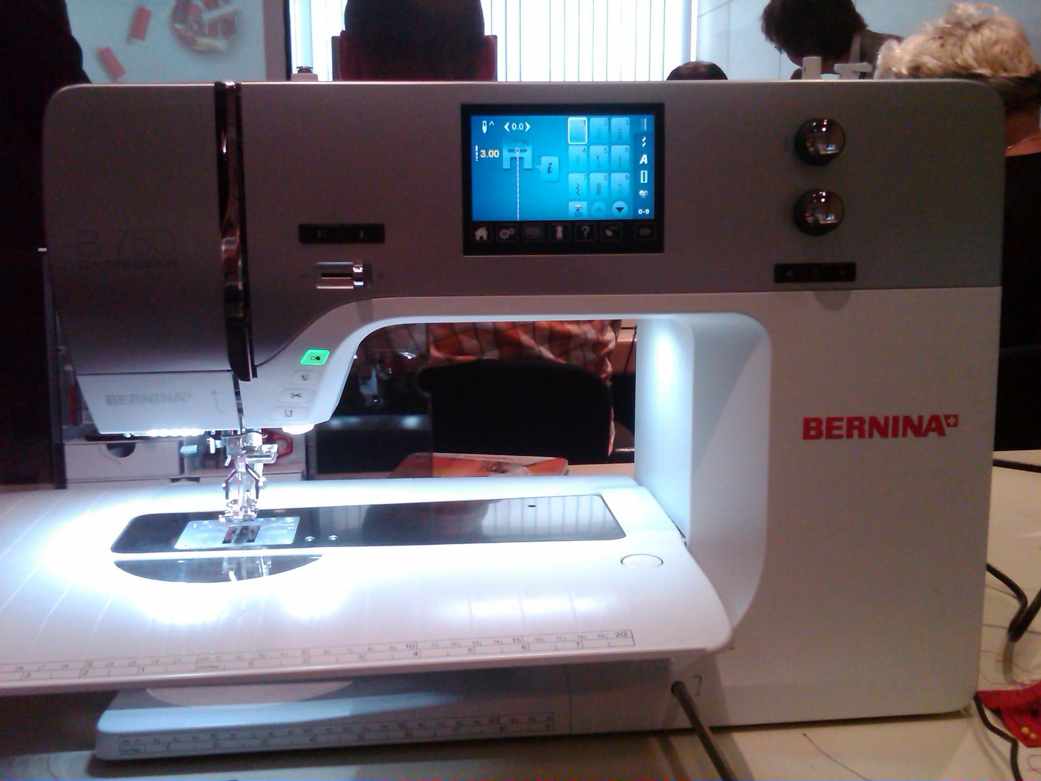 Bernina 750QE