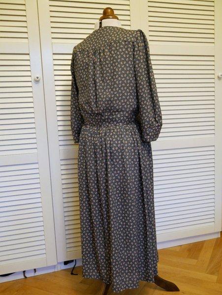 Lliria Dress von PaulineAlice, Bild Junipau