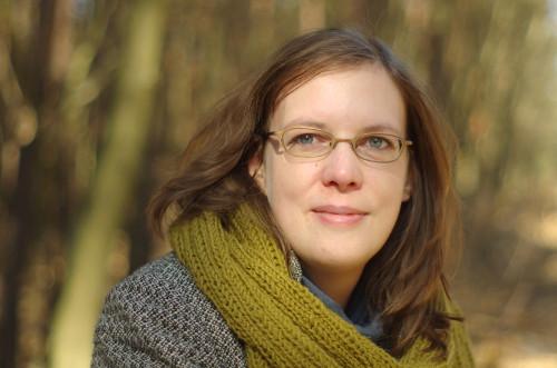 Constanze Derham, Autorin von ABC der Handarbeiten: Nähen